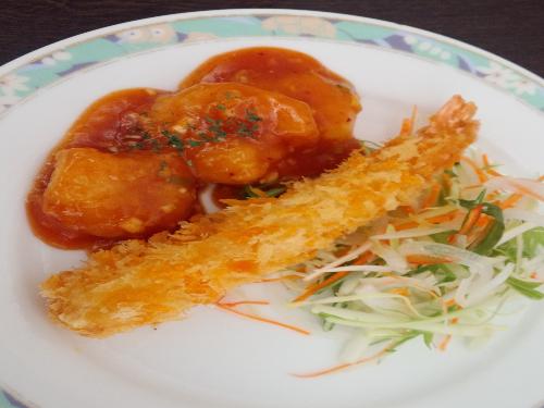 大エビチリ&大エビフライ (2)