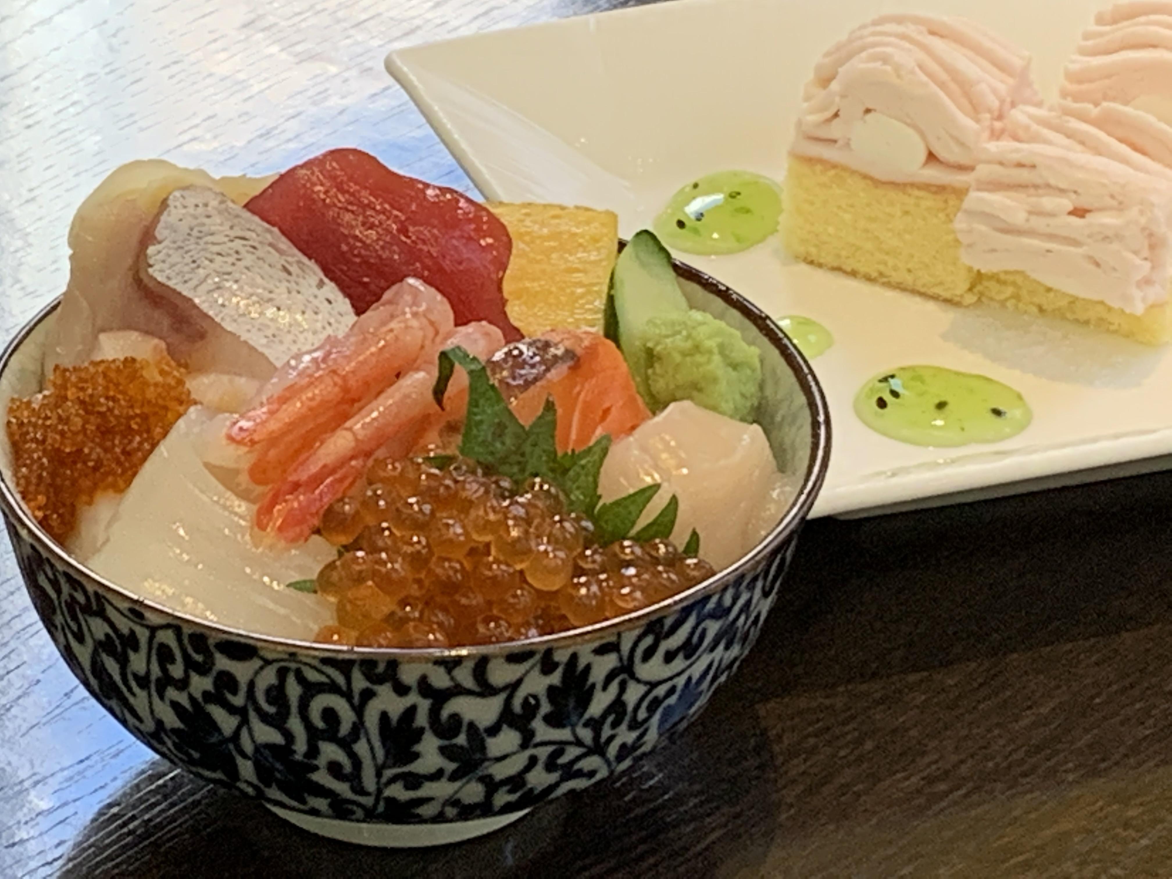 豪華海鮮丼(開業記念SP)