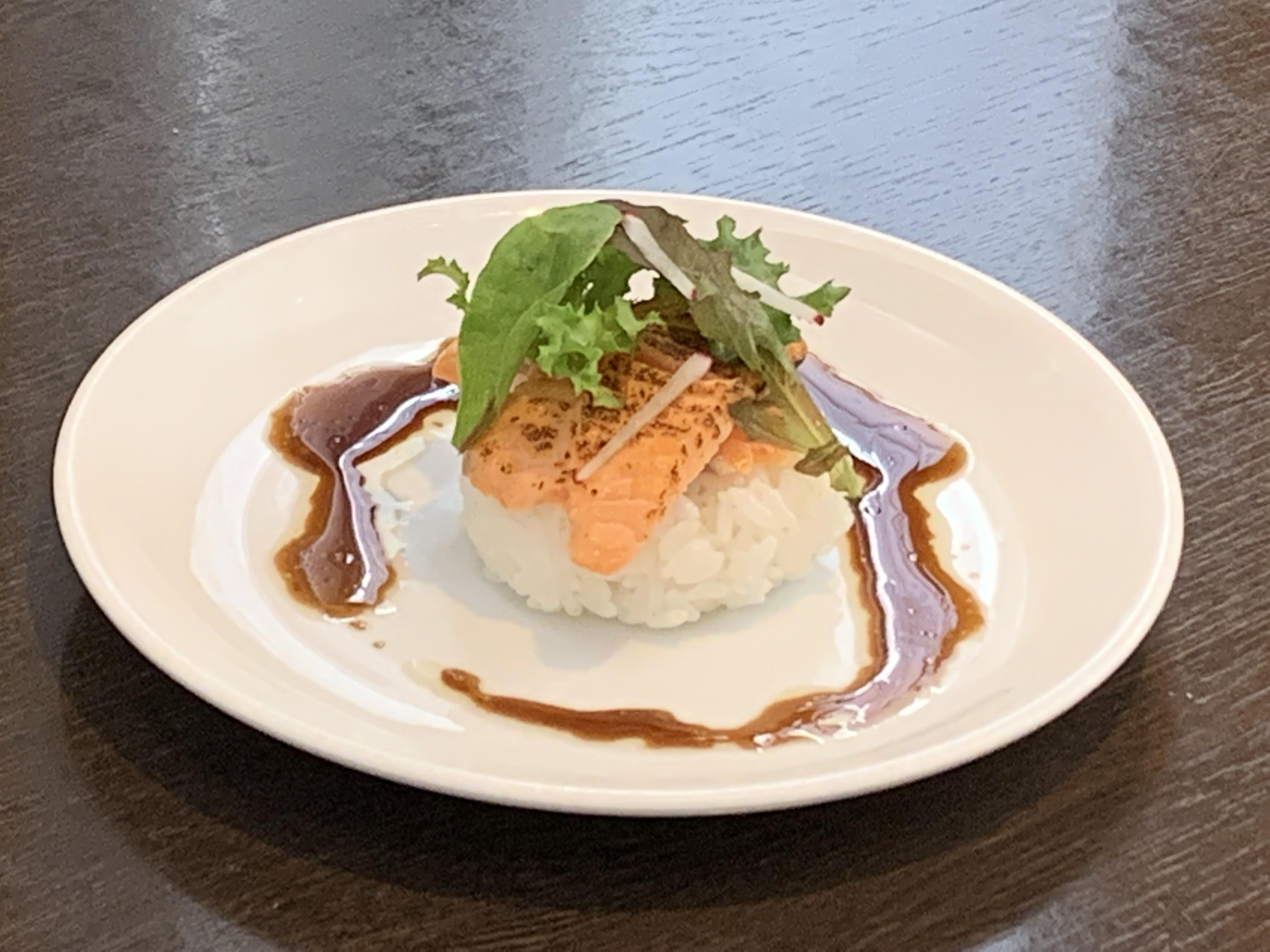 LN 炙りサーモン変わり寿司